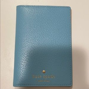 kate spade baby blue sylvia passport holder!!!!!